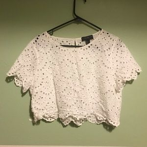 Forever 21 Tops - Forever 21 lace plus crop top
